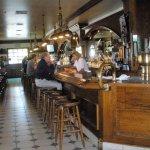 nice full bar area