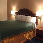 Queen Room - comfy bed