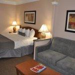 Photo de Best Western Plus Suites Hotel