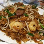 char kuey teow - love the prawns but not the pork
