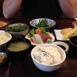 Combi Seafood Shashim and Tempura set