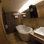 Arcadia Suites - Toilet