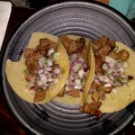 Photo de Vatos Urban Tacos Itaewon
