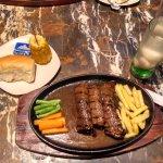 Steak Hut Manyar Kertoarjo