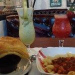 Makanan dan minuman di Alibi