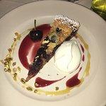 Nummy Cherry 'cake'
