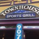 صورة فوتوغرافية لـ Townhouse Sports Grill