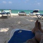 Photo de Cocoplum Beach Hotel