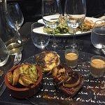 Filet de boeuf et foie gras chaud / Pommes de terre à l'ail