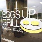 Φωτογραφία: Eggs Up Grill