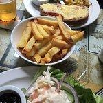 Foto van Seasons Bar and Cafe