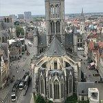 Foto de Catedral de San Bravo (Sint-Baafskathedraal)