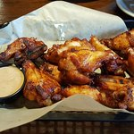 Great wings and nachos