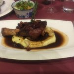Amazing lamb with mashed potatoes and roasted garlic