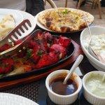 Pouet tandoori + naan + raita