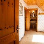 Das große Landhauszimmer mit Vorraum
