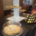 Buffet with macarons and Apple tarte