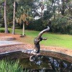 Photo de Azalea Park & Sculpture Garden
