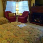 Pinehurst Guestroom with mountain views
