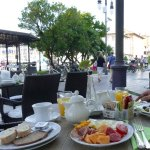 sumptuous al fresco breakfast