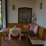 Gemütlicher Eingangsbereich mit Sitzecke