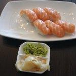 Tuna Sushi Restaurant Giapponese Di Hu Liqiu