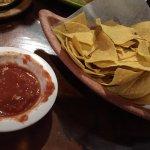 Fiesta Mexico - chips & salsa