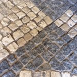 These are the 'cobbles' mentioned.