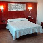 Hotel Sercotel Familia Conde en Huelva, habitación con terraza, servicio familiar buena relación