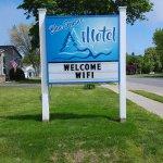 Imagen de Blue Spruce & Lucky Horseshoe Motel & Cabins