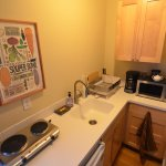 Room 5 kitchenette