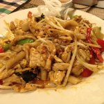 drunken noodles with chicken (8 of 10)