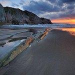 Playa de Itzurun y parte del flysch