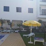 Carruna Apartments Photo