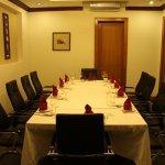 Phòng riêng dành cho 10ng,  thích hợp cho các buổi họp mặt ấm cúng, gia đình.