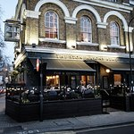 The Stonemasons Arms - premium British dining in a world-renowned location