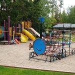 Shuswap Lake Motel and Resort Photo