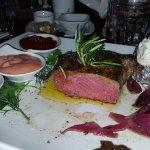 Super Rib Eye Steak und Vorspeisen