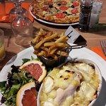 pizza marinière et poulet gratiné chèvre-miel