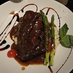Short ribs and risotto. Great with a rich red wine.
