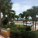 Photo de Inn at the Beach