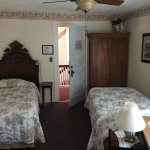 single room with 2 beds, private bath