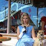 صورة فوتوغرافية لـ Queen Sally's Diamond Deli