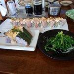 tuna salad crispy mentai - fuji roll - chuka wakame