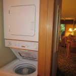 Washer/Dryer, Whispering Woods Resort, Welches, Oregon