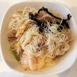 Their signiture dish: Seafood mee hoon (rice noodles)