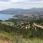 the beginning of the route from Cassis' side.