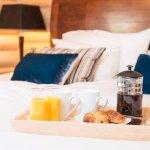 Log Cabin Breakfast in Bed