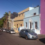 The colourful Bo-Kaap with Table mountain in the background.