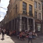 Le Barbier qui Fume, angle rue de la monnaie (devant sur la photo) et rue Pétérinck - Lille